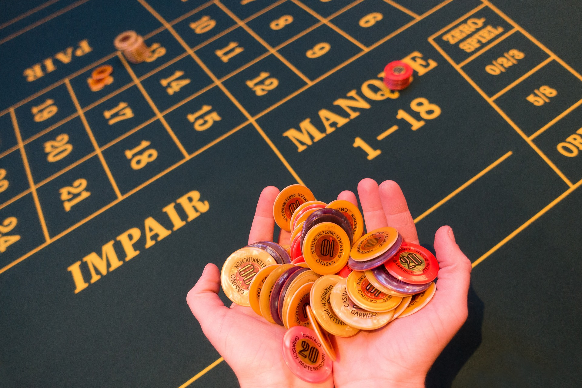 game-bank-1003148_1920
